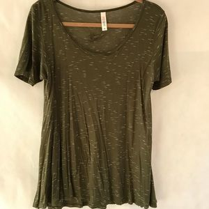 Lularoe tissue weight perfect tee XS olive green